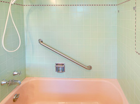 Ludlow MA Bathtub Refinishing Tub Repair Miracle Method Of - Bathtub restoration cost