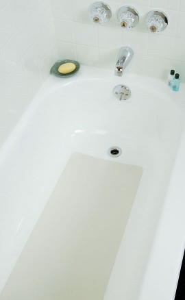 Cleaning nonslip tub bottoms