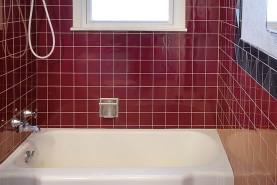 Tile Wall Refinishing